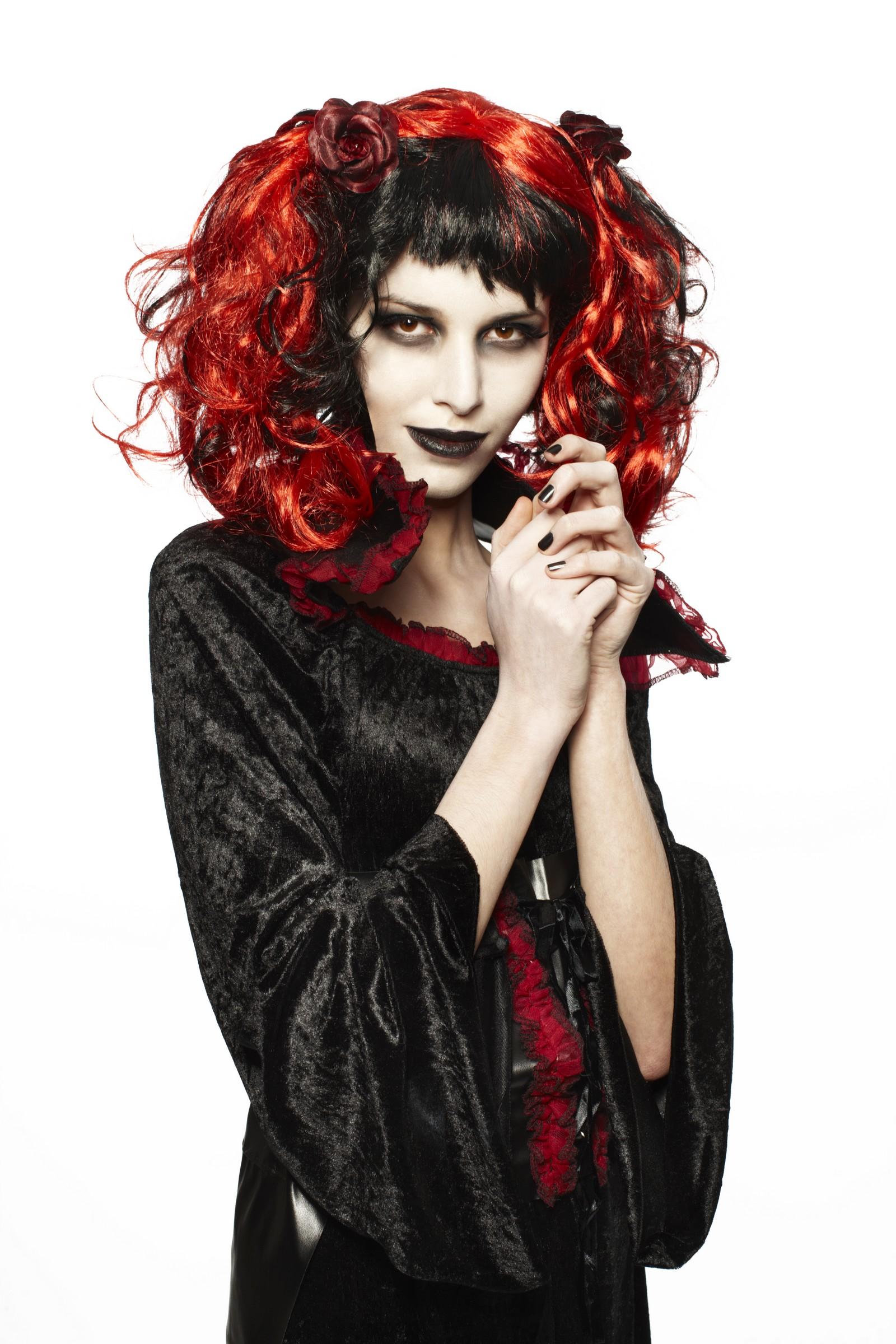 Kit maquillage gothique rouge l vre noir pas cher - Coiffeuse adulte pas cher ...